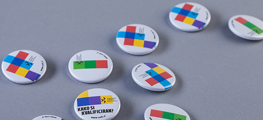 SQF promotional badge.